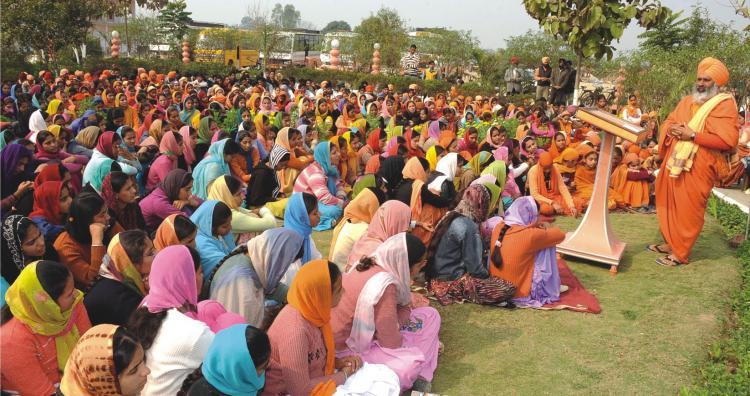 Baba Ji inspiring students of seechewal college